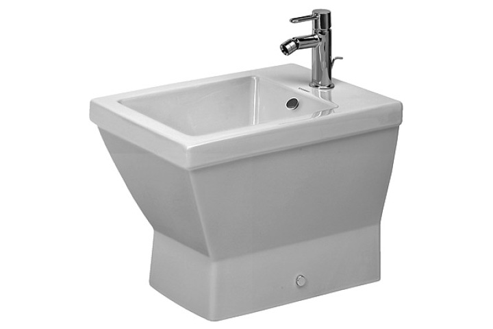 The Ceramics on this Bidet from Duravit have been coated with WonderGliss will stay smooth, attractive-looking and clean for a long time to come. With  overflow, with tap platform, fixings included, overflow clip chrome include.
